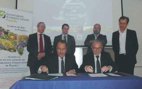 Par cette signature, la région et la préfecture s'engagent sur un chemin de dix ans pour la mise en oeuvre du Grenelle de l'environnement.