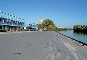 La chambre de commerce et d'industrie de l'Oise investit massivement dans le fluvial, comme ici au port de Nogent-sur-Oise.