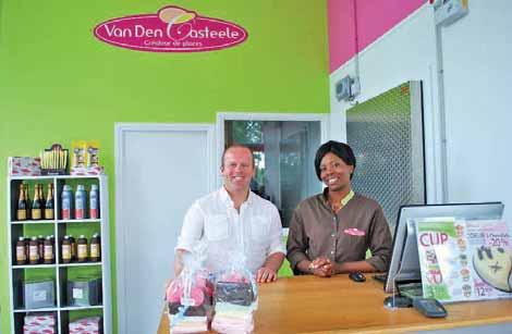 David Lesage, chef de secteur, et Herdisse, la vendeuse de chez Van Den Casteele Dury.