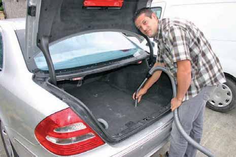 David Besnault a fait de sa passion pour l'automobile son métier.