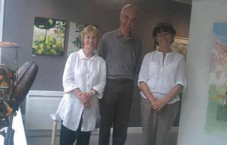 Roseline et Jean-Luc Mazeyrat-Nelissen (à g.) et Myriam, leur employée.