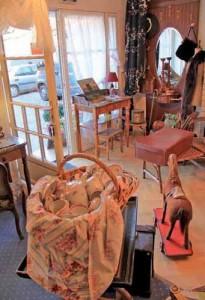 Le magasin d'Anne Richard offre des objets aussi variés que possible pour des clients basés dans presque toute la Picardie.