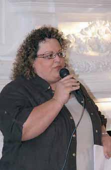 Sophie Blustenne reste dans le créneau qu'elle maîtrise le mieux : la formation professionnelle et le conseil.