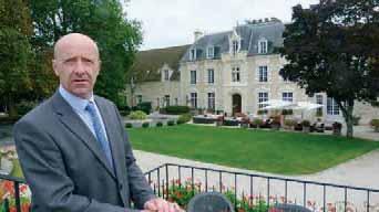 Olivier Roussellier est le directeur du Château de Fère qui emploie 30 personnes en CDI.