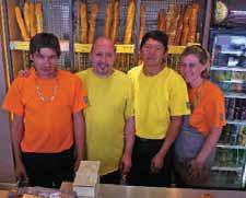 L'équipe compte huit salariés managés par Yannick Chérifi (2e en partant de la gauche).