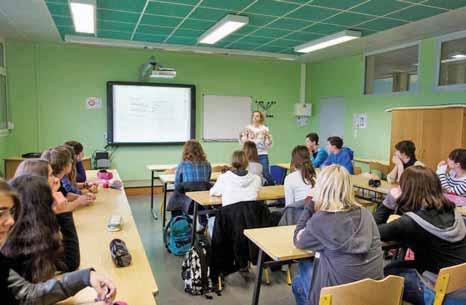 Le cours, dispensé à l'aide d'un TBI et d'un stylo graphique, peut être très attractif pour des collégiens d'aujourd'hui.