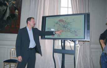 Thierry Bonté présente le nouveau réseau des transports urbains amiénois.
