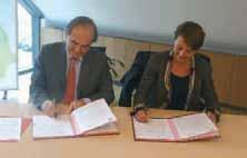 La signature entre Jean-Michel Camus et Isabelle Guequiere.