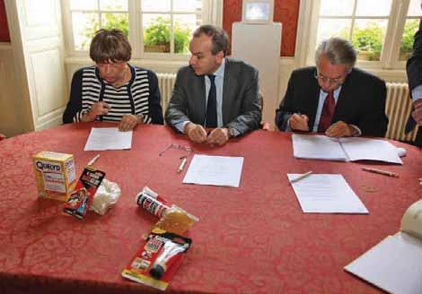 Renza Fresh, maire de Venette, Bernard Pinatel, PDG de Bostik et Philippe Marini, sénateur maire de Compiègne.