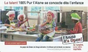 Les affiches diffusées dans le métro parisien ont décliné les thèmes de l'environnement, du patrimoine, de la culture et de la gastronomie.