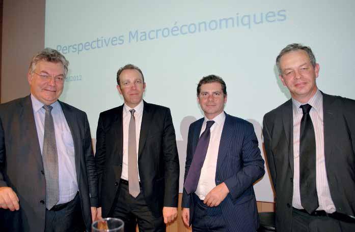 De g. à d., Philippe Waechter, Laurent Roubin, président du directoire de la Caisse d'Epargne de Picardie, Eric Bengel, journaliste financier et Bertrand Wallon, directeur du marché de la gestion privée de la Caisse d'Epargne de Picardie.