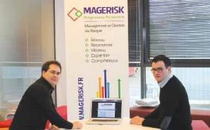 Nicolas Mochez, directeur de TZM informatique, et Adrien Poiret, gérant de l'agence de communication amiénoise LMPcom, l'un des partenaires.
