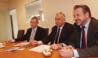 Michel Chamilard (au centre) veut aider avant les entreprises.