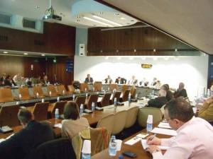 Un public peu nombreux mais à l'insatisfaction palpable lors du premier comité d'étoile de 2013