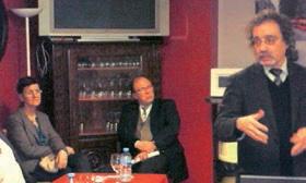 Marc André Fliniaux expliquant le CIR sous le regard attentif des représentants d'ACDE.