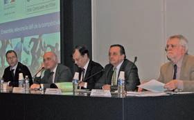 Tous les acteurs de l'économie mobilisés pour la compétitivité des entreprises : (de g. à d.) Christophe Langlet, Jean-Marc Teulières, le préfet Nicolas Desforges, le président de la CCI Philippe Enjolras et Michel Goutal.