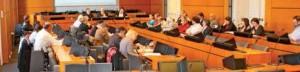 Lors d'une réunion du conseil de développement.