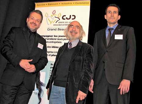 André-Yves Portnoff (au centre) a dénoncé la « schizophrénie » des dirigeants français.