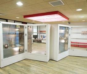 le petit cabinet de curiosit s un exemple de m c nat d entreprise picardie la gazette. Black Bedroom Furniture Sets. Home Design Ideas