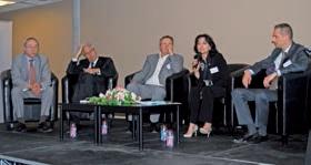 Lors de la table-ronde : Philippe Caron, Michel Cornil, Didier Lucas, Sophie Bernert et Nicolas Paulissen (de g. à d.).