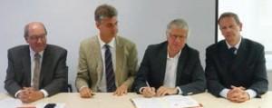 La signature a eu lieu à Paris, dans les locaux du Groupement des autorités responsables de transport (Gart).
