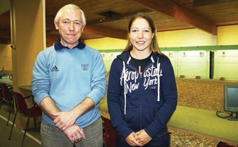 Le tandem de la réussite : Céline et son père, Daniel Goberville, ancien tireur lui aussi.