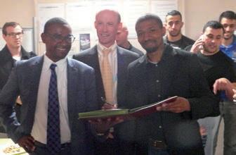 Les signatures ont eu lieu dans les locaux du services jeunesse de la ville d'Amiens.