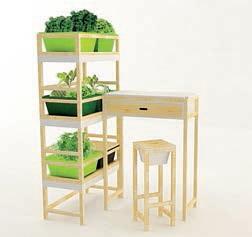 Le potager modulable a été conçu par un designer pour qu'il s'intègre naturellement dans un appartement ou sur un balcon.