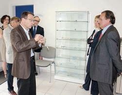 Philippe Enjolras, (à droite) avec le directeur général de FBMedical-ISOmed, Patrick Renaud.
