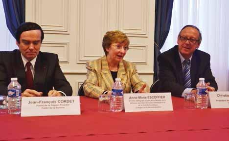 Pour Anne-Marie Escoffier, l'Etat et les collectivités doivent « agir ensemble, dans la complémentarité, jamais dans la concurrence. »