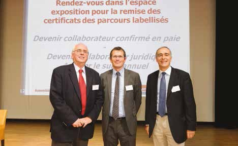 De g. à d., Claude Deruelle, président de la commission communication à l'OEC Picardie Ardennes, Eric Vandeportal, président de l'OEC et Jean Saphores, expert-comptable à Saint-Quentin, et vice-président du conseil supérieur.
