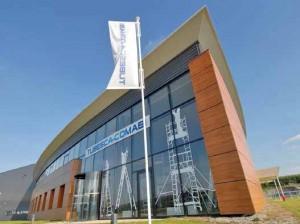 Tubesca-Comabi est implantée sur un site de 6 ha, dans un bâtiment de 47 000 m².