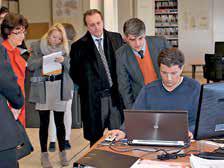 Plus de 500 000 euros ont été investis par Yann Jaubert, au centre, pour équiper le bureau d'études de systèmes informatiques ultraperformants.