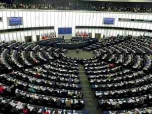 Le Parlement européen rassemble 751 députés issus de l'ensemble des pays membres de l'Union.