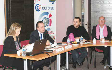 Elisabeth Bouvart, Philippe Enjolras et des élus consulaires ont rencontré les autorités compétentes, pour leur présenter le travail collaboratif découlant du guichet unique.