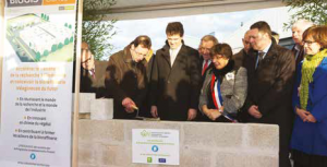 Arnaud Montebourg, ministre du Redressement productif à assister à la pose de la première pierre du Biologis center, centre de développement et de démonstration de l'institut PIVERT.
