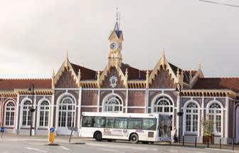 La gare d'Abbeville est séparée du centre par la Somme et un boulevard.