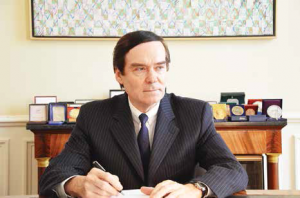 Jean-François Cordet, préfet de région a rappelé que les services de l'État n'étaient pas là pour empêcher le développement économique, au contraire.