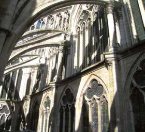 Le patrimoine occupe une place centrale dans l'histoire et la vie d'un territoire.