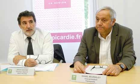 Jésus Sanchez, directeur régional de la SNCF et Daniel Beurdeley, vice- président du conseil régional chargé du transport.