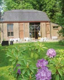 Habitante de Rambures, Christelle Vue connaît bien le parc du château, elle est tombée amoureuse de ce splendide bâtiment.