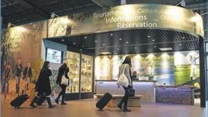 Le point info tourisme de l'aéroport de Beauvais : la vitrine de la destination.