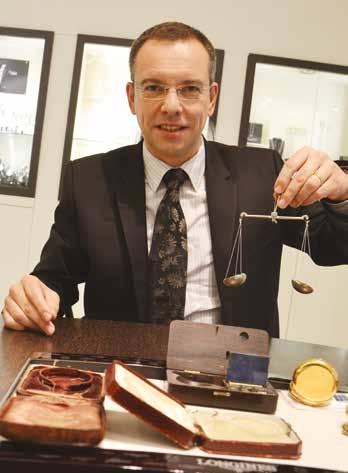 Stéphane Conty dirige la bijouterie Flinois avec son épouse depuis 2002.