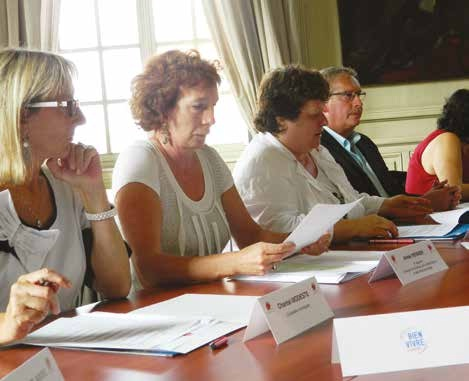 Brigitte Fourré, à droite, souhaite impliquer l'ensemble des acteurs du territoire dans la réalisation de ce pacte.