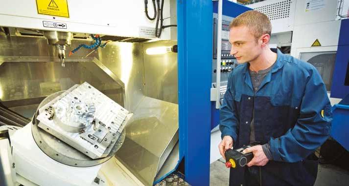 llustration des formations industrielles qui intègrent les avancées technologiques : la plate-forme Innovaltech, au lycée Condorcet de Saint-Quentin. Elle disposera bientôt d'un nouveau bâtiment (la région s'est engagée sur un programme de travaux de 2 millions d'euros).