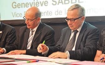 La convention signée par Alain Bethfort et Claude Gewerc vise à dynamiser l'artisanat.