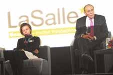 Michel Rocard, aux côtés de Valérie Leroux, directeur déléguée de l'institut LaSAlle de Beauvais, présente pour l'événement.