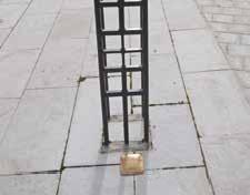 La griffe de la Stag, apposée en octobre dernier sur le parvis de l'hôtel de ville de Corbie.