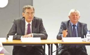 Rémi Pauvros (à g.), député et grand architecte du CSNE, avec le président André Salomé (à d.), président de la communauté de communes du Pays Neslois, tous deux grands défenseurs du canal à grand gabarit.