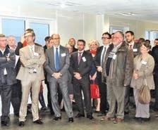 Le député Éric Woerth et le maire Serge Macudzinski sont venus saluer le retour de Molydal après deux ans d'exil.
